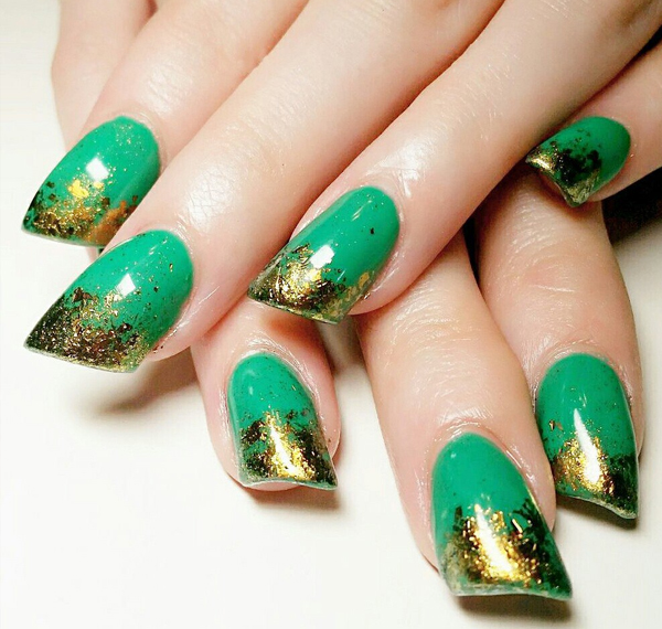 Hottest Trends for Acrylic Nail Shapes
