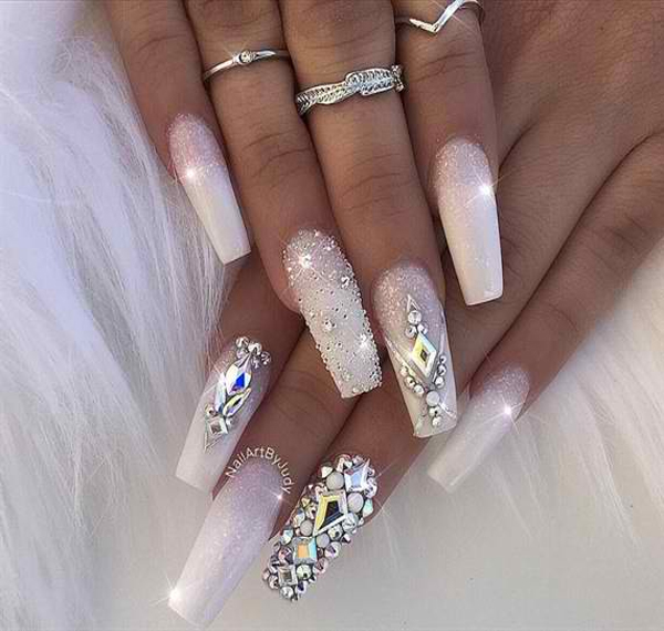Choose from an Amazing Array of Nail Art Design